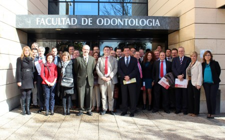 Reconocimiento de la facultad de odontología de Sevilla a Proclinic