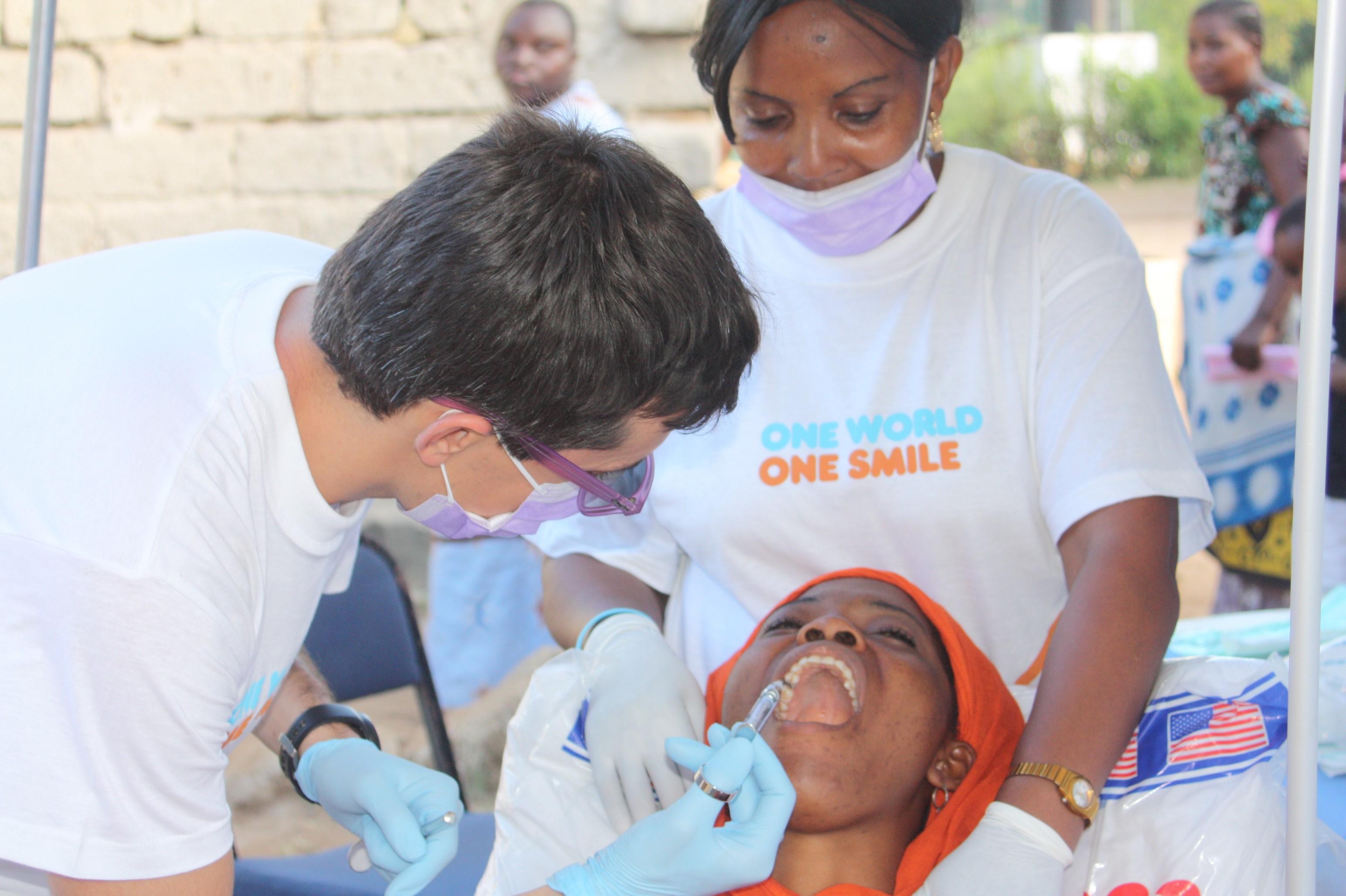 Fundación Un mundo Una sonrisa